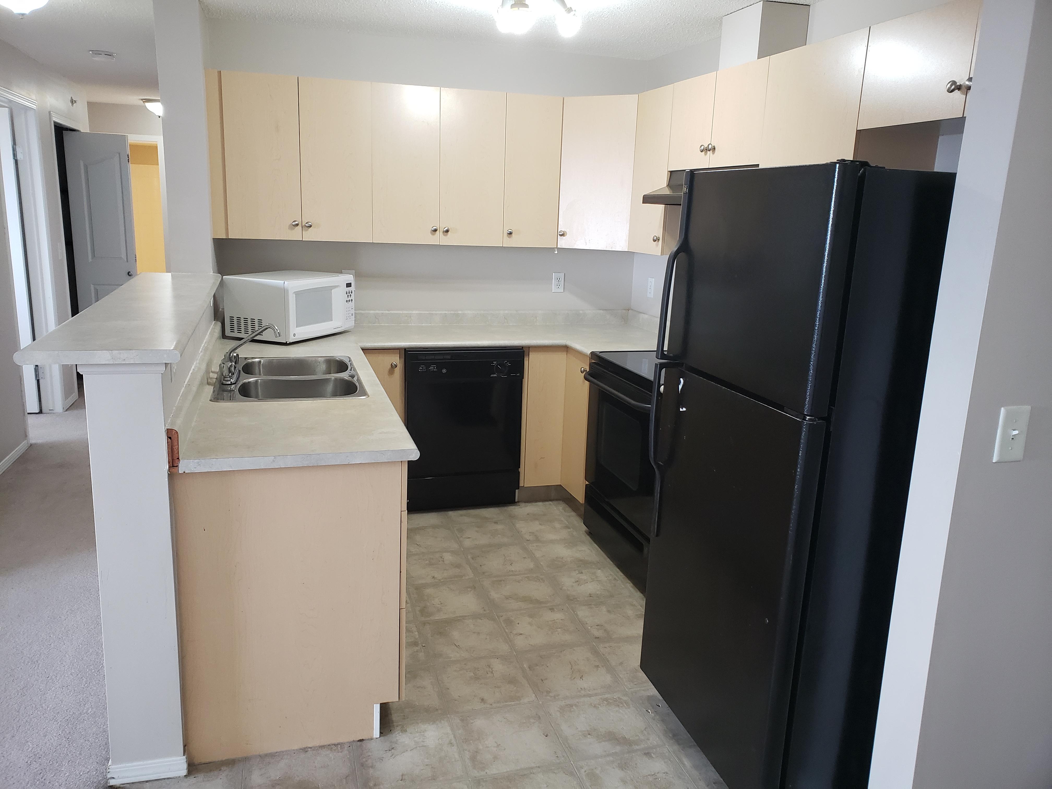 10 Prestwick Bay SE, Calgary, Alberta T3P 0B1, 2 Bedrooms Bedrooms, ,2 BathroomsBathrooms,Apartment,For Rent,Prestwick Bay SE,3414,1081