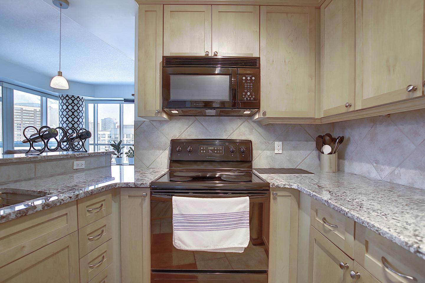 1407, 836 15 Avenue SW, Calgary, Alberta T2R 1S2, 2 Bedrooms Bedrooms, ,2 BathroomsBathrooms,Condo,For Rent,15 Avenue SW,1407,1109