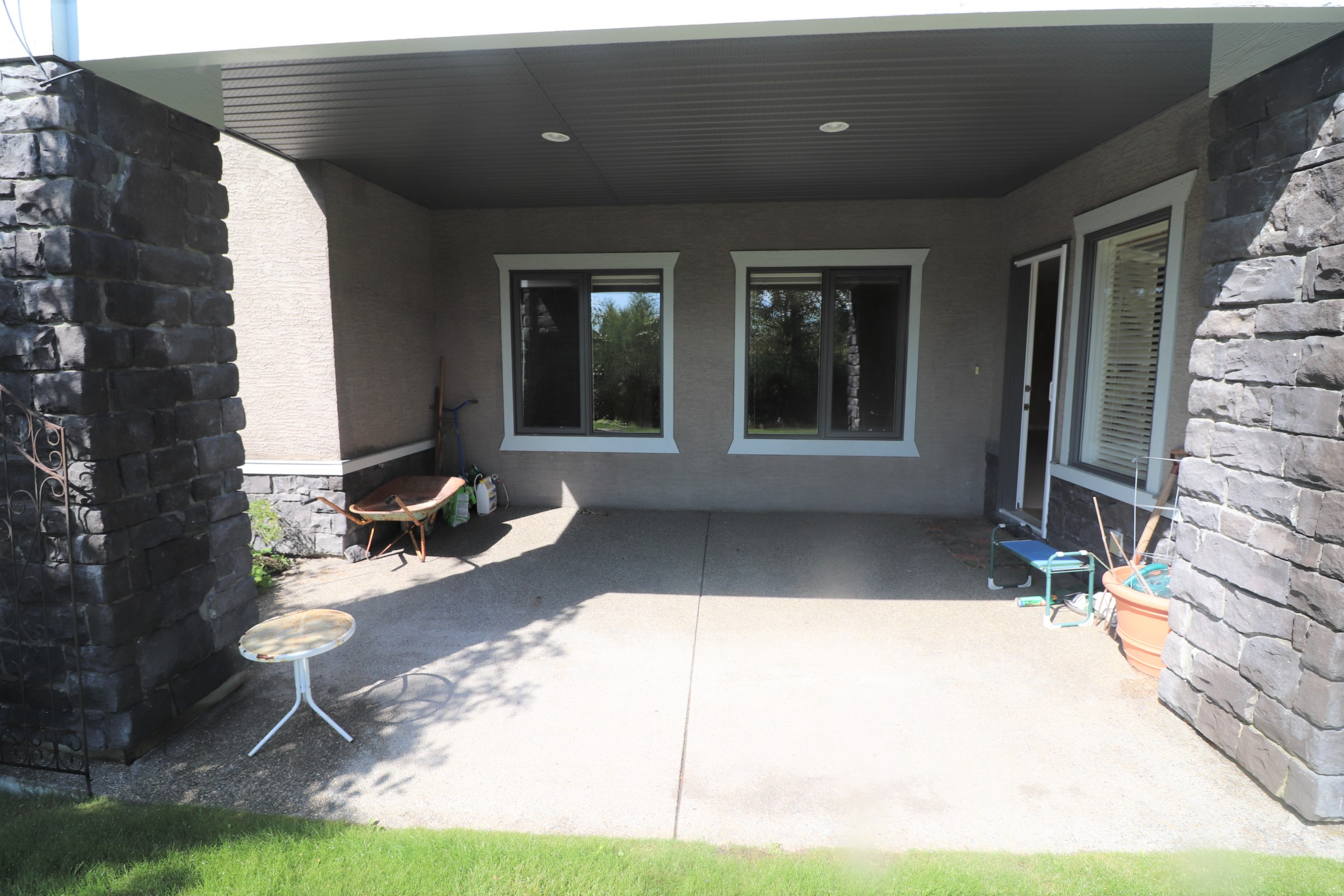 51 Sweet Water Place- Calgary- Alberta, 3 Bedrooms Bedrooms, ,2 BathroomsBathrooms,House,For Rent,Sweet Water Place,1027