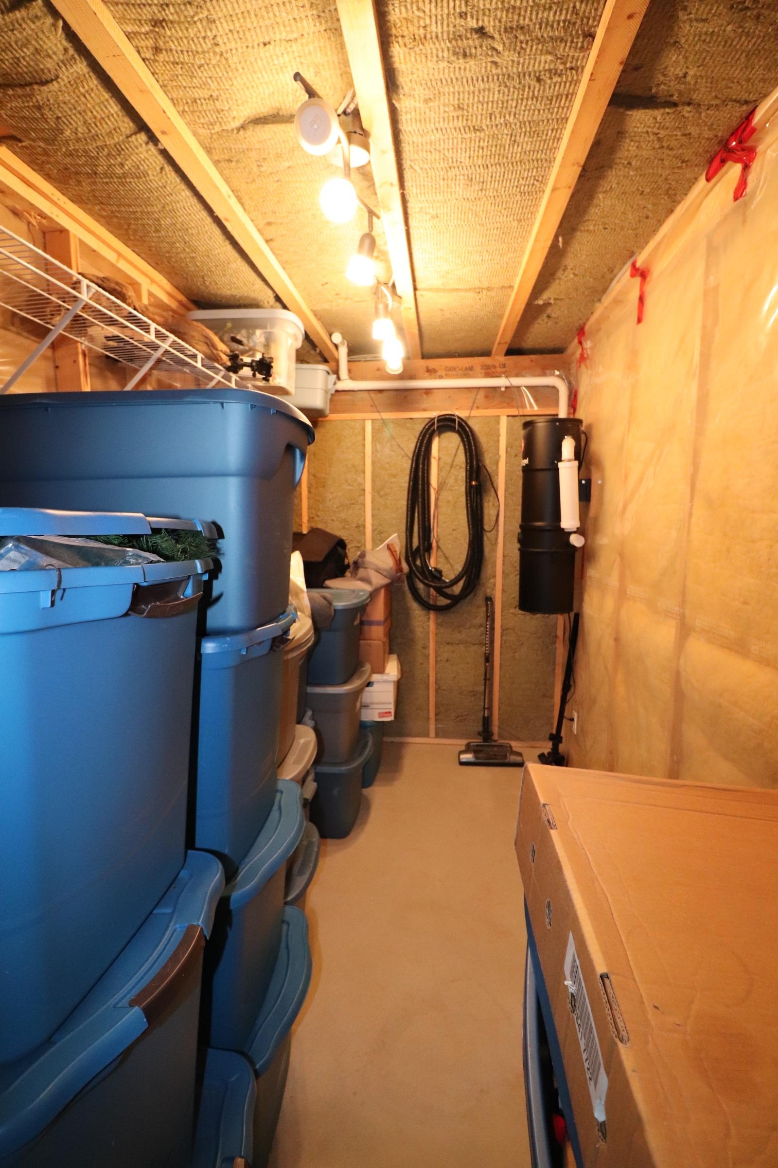 123 Elgin View SE, Calgary, Alberta T3P 0B1, 3 Bedrooms Bedrooms, ,1.5 BathroomsBathrooms,House,For Rent,Elgin View SE,1049